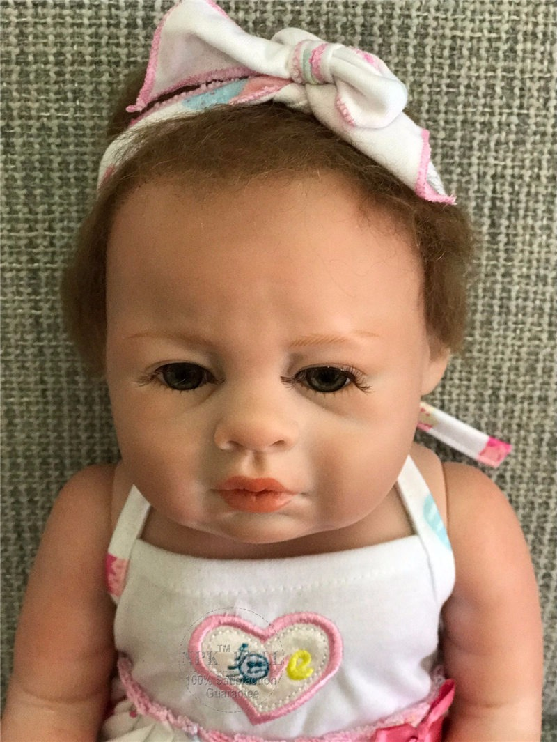 3ed7016e58d4 boneca reborn bebe menina 2018 pode dar banho x leia anuncio. Carregando  zoom.