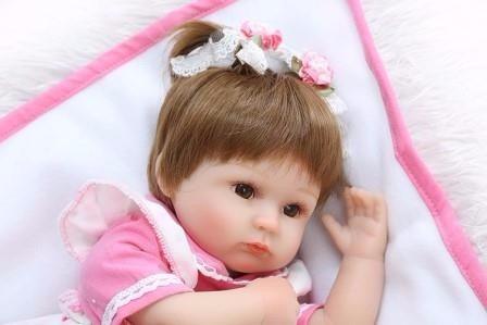 boneca reborn em promoção 435,00 reais perfeita 42cm cp2 bb