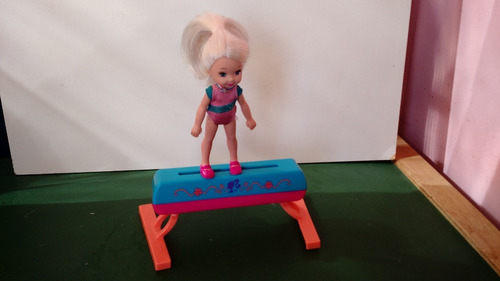 boneca usada kelly ginasta irmã da barbie mattel