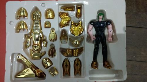 boneco cavaleiros do zodíaco (armadura de ouro)