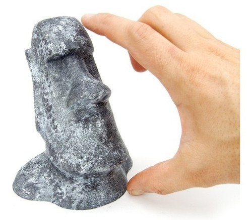 boneco colecionável moai ilha de páscoa pintado 15cm
