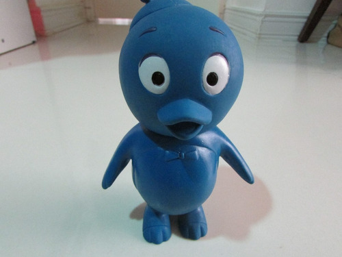 boneco pinguím azul borracha elka