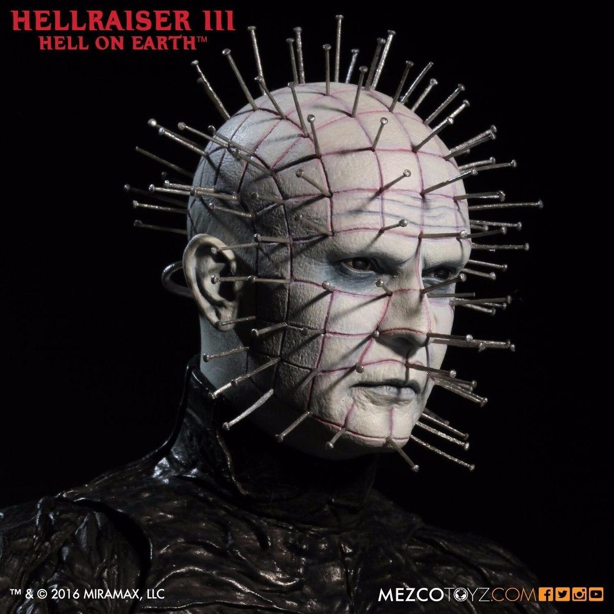 Boneco Pinhead Hellraiser 3 Mezco Miniatura 30 Cm 1 6