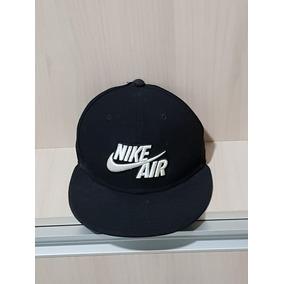 f0f90c542a71e Bone Aba Reta Nike - Bonés Nike para Masculino