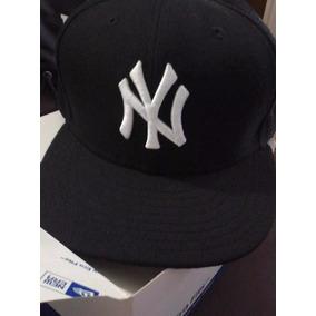 d9edca36eecd2 Bone New Era 59fifty New York Yankees Tamanho 7 58 Bones ...