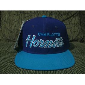 ff952a3527d50 Bone Charlotte Hornets Anos 90 - Calçados