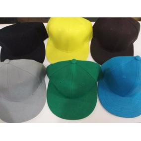 522f34a7c2793 Bone Aba Reta Azul E Amarelo - Bonés para Masculino no Mercado Livre ...