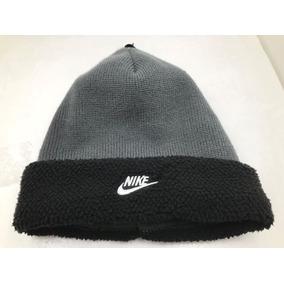 b2a138d98779e Gorro Touca Nike Sherpa Beanie Cuff Style Grey Black