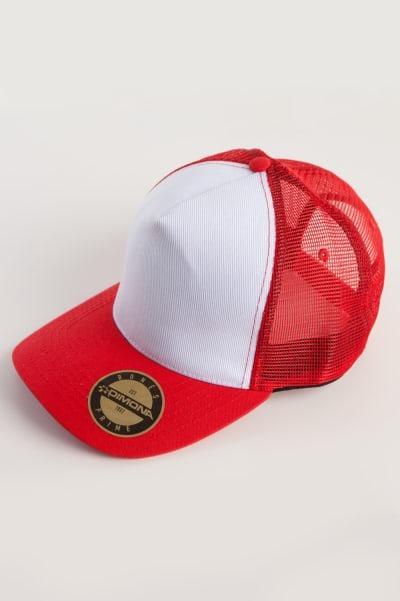 Bonés Trucker Branco Com Vermelho Com Bordado Personalizado - R  29 ... 0e9ecb50330