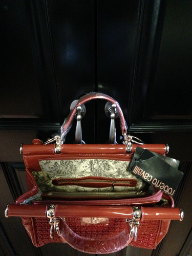 bonita bolsa de dama de charol excelente precio y calidad