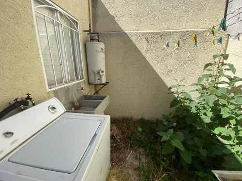 bonita casa 2 recamaras en venta en el fracc real toledo en pachuca