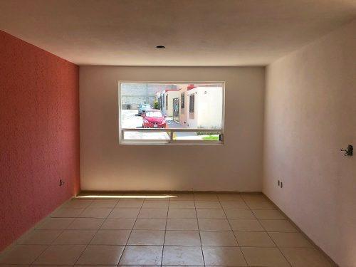 bonita casa 3 rec en venta en privada los olivos en pachuca
