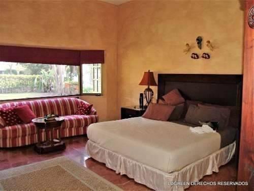 bonita casa campestre muy cómoda y ubicada junto al hoyo 16