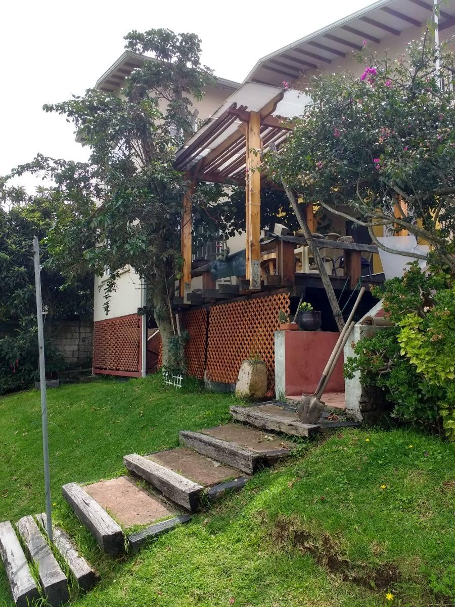 bonita casa en alangasi