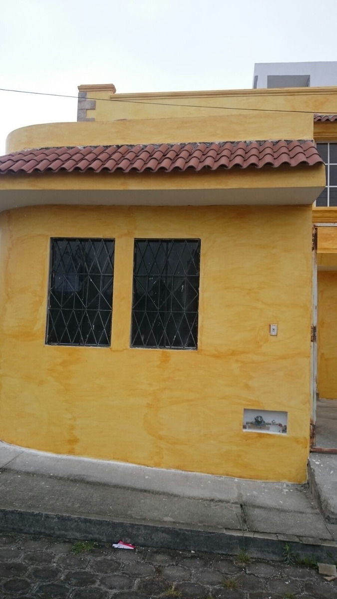 bonita casa en cotachai
