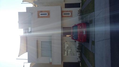 bonita casa en privada con hermosa vista panoramica