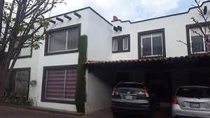 bonita casa en residencial las palmas metepec