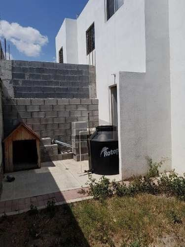 bonita casa en venta en fracc. las provincias apodaca