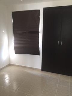 bonita casa en venta en fracc. residencial del parque qro. mx