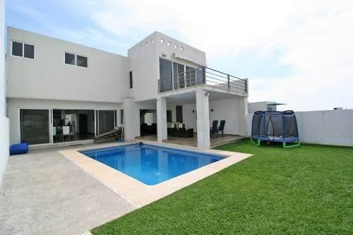 bonita casa en venta, fracc. burgos corinto