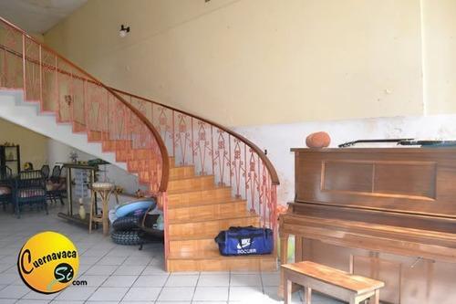 bonita casa en venta las brisas cuernavaca