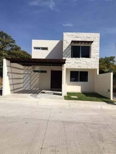 bonita casa nueva  minimalista,en jiutepec morelos.