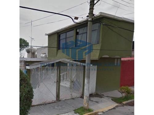 bonita casa para invertir