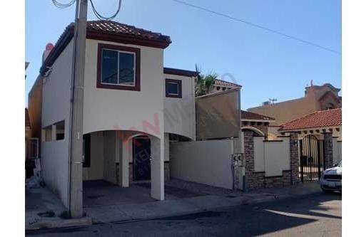 bonita casa venta en fracc. gran venecia residencial