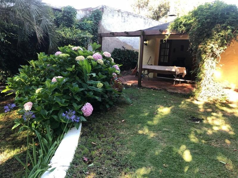 bonita propiedad tipo colonial en barrio pinares-ref:396