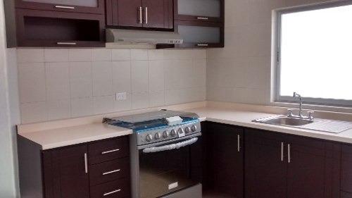 bonita y funcional casa en venta en el fracc. el mirador en qro. mex.