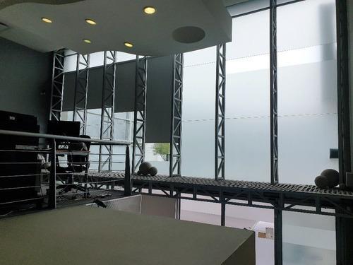 bonita y funcional oficina en renta