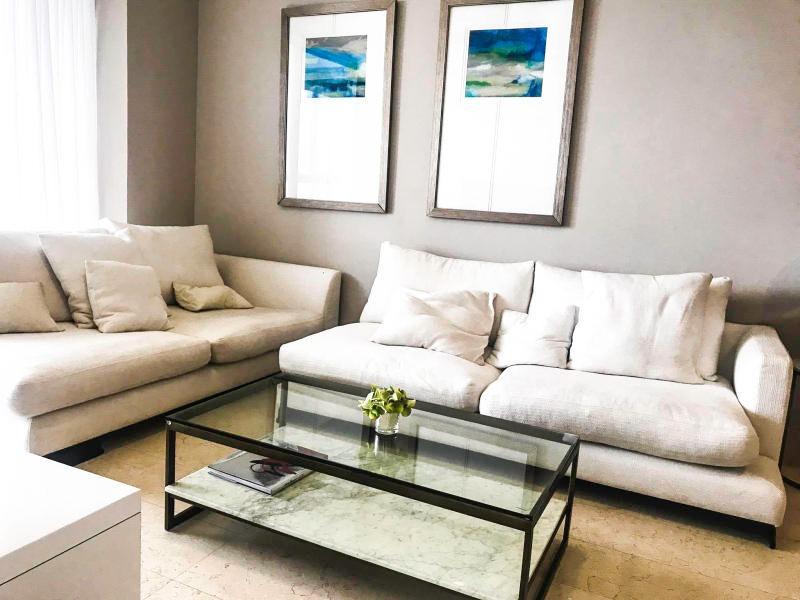 bonito apartamento en alquiler en avenida balboa panamá cv