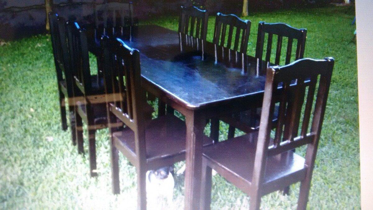 Bonito comedor de 8 sillas color chocolate nuevo a tratar for Lo ultimo en sillas de comedor
