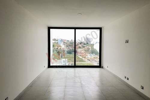 bonito departamento de 1 solo nivel con vista panorámica de la ciudad