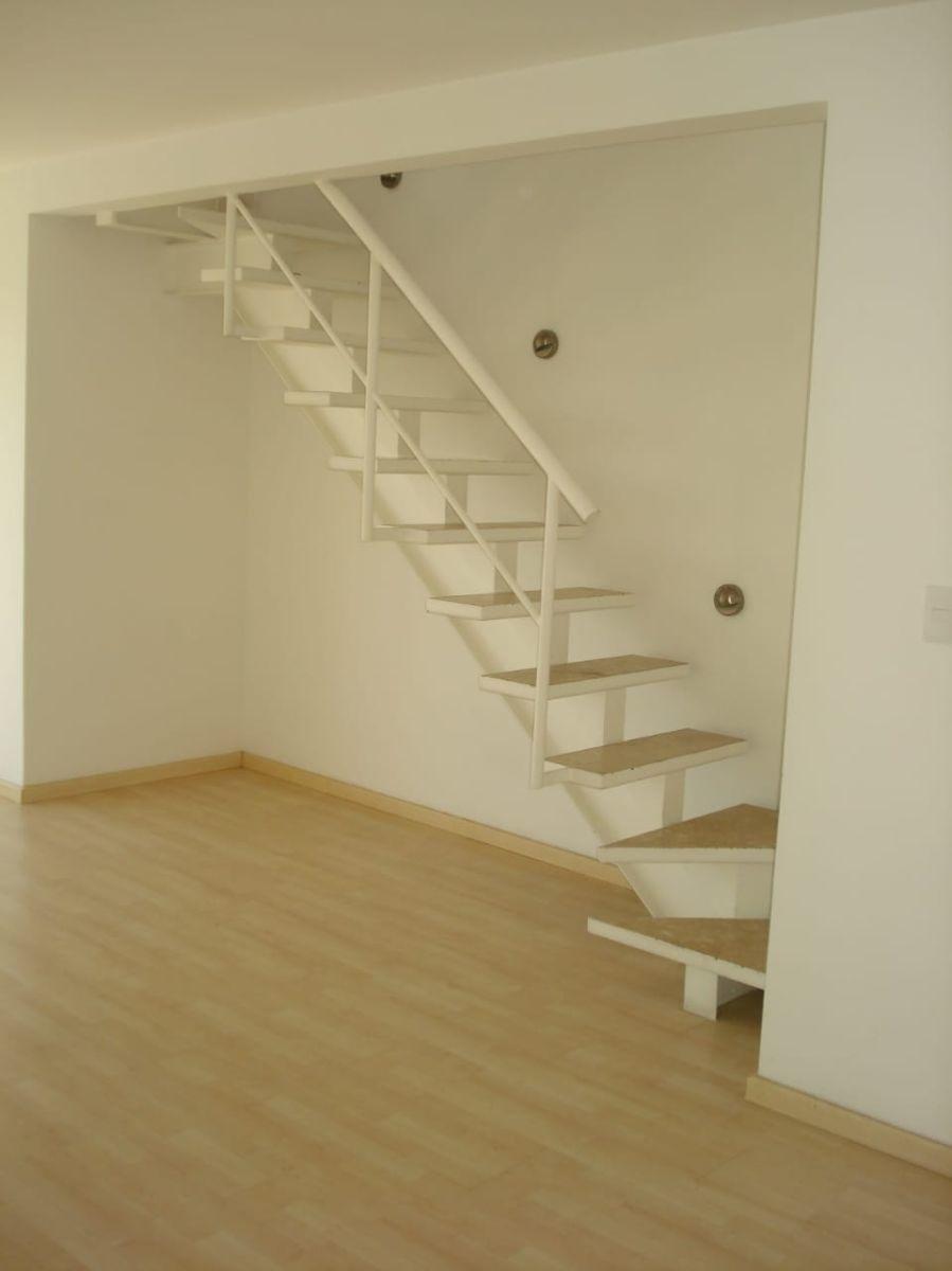 bonito departamento de 2 niveles en renta de 90 m2 en del valle  mc