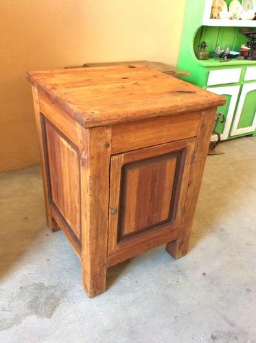 bonito mueble mesa madera antiguo rustico