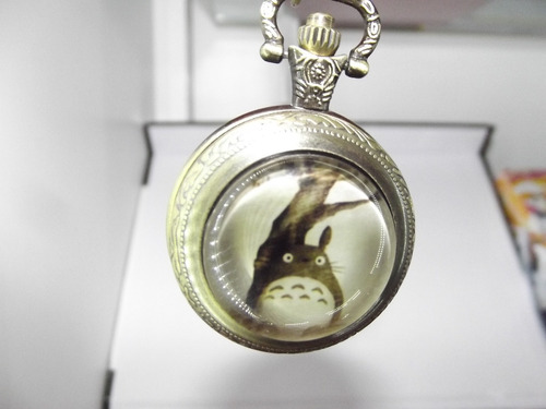 bonito reloj estilo retro de mi vecino totoro