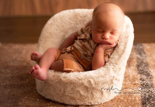 book, sesión de fotos, recién nacido, maternidad, infantil