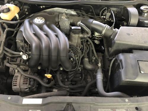 bora 2.0 mi 8v gasolina 4p tiptronic