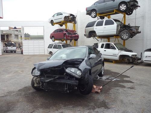 bora stylance accidentado 2011,automatico,motor 2.5  partes