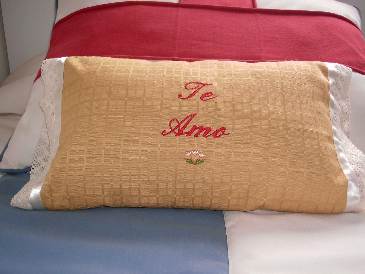 Bordado hermosos cojines decorativos en mercado for Cojines con nombres bordados