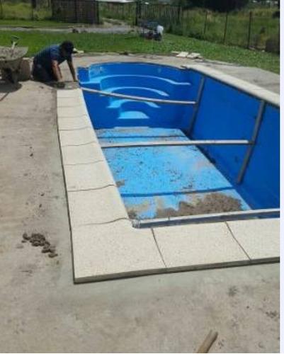 borde de piscina