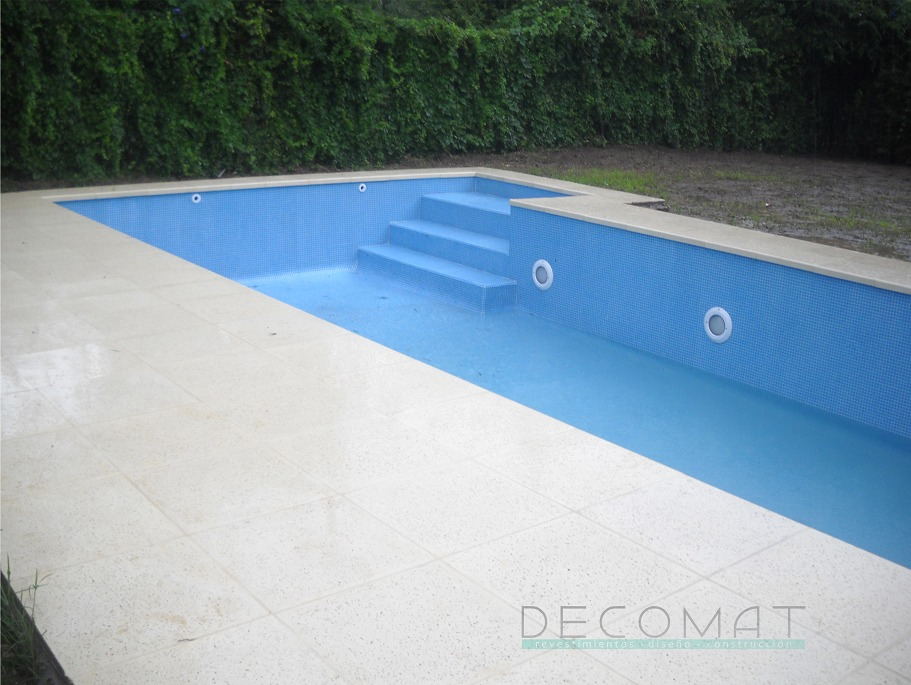 Bordes de piscina nicos piscina diseo borde infinito for Bordes de piscina