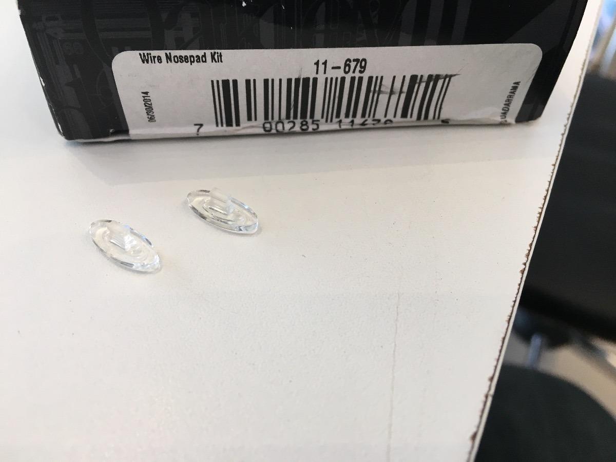 672c2b5e448e3 borrachas nariz para óculos oakley originais (plaqueta). Carregando zoom.