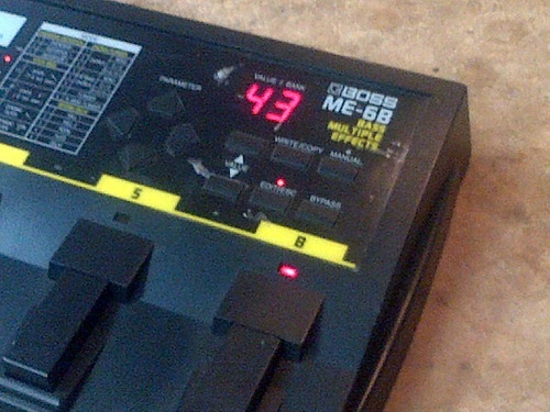 boss me-6b bass multiple effects
