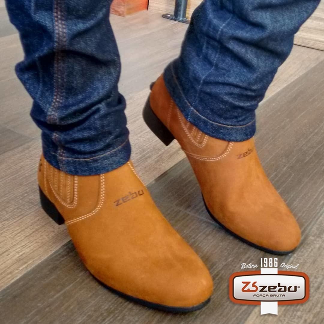 19edc15ecd bota botina couro zebu vaquejada bico fico. Carregando zoom.