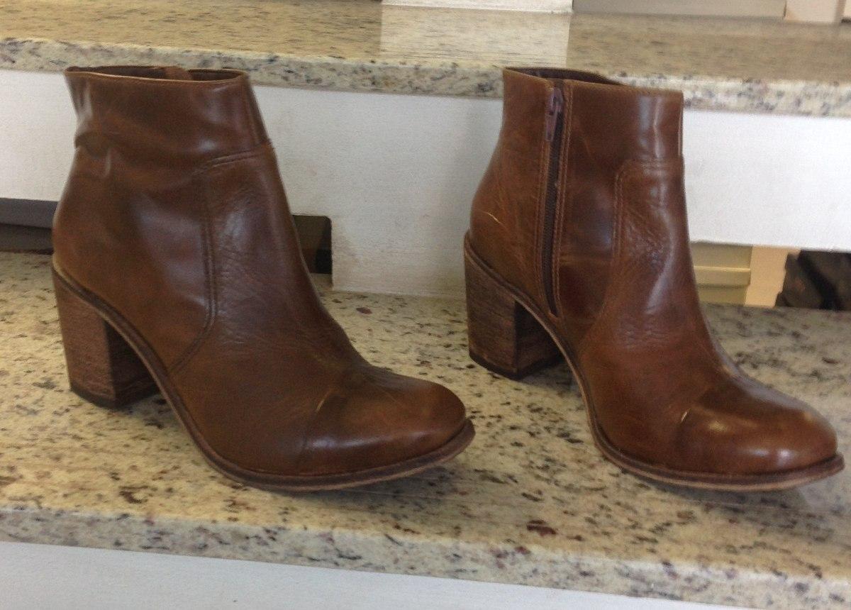 bota botinha couro legítimo feminina cano curto zíper. Carregando zoom. e27d3907c4437