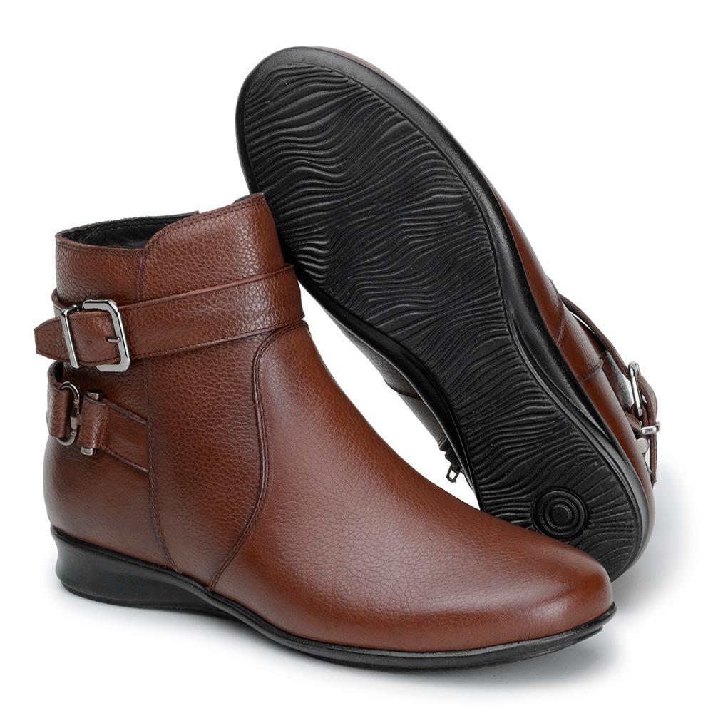 21b252629c bota botinha feminina cano curto sem salto couro marrom 904. Carregando  zoom.