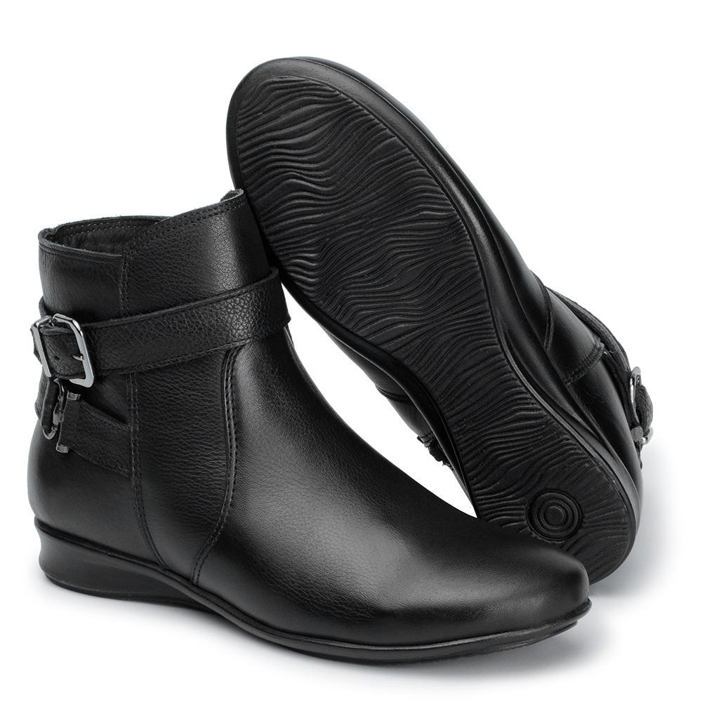 2f5b4b461 bota botinha feminina cano curto sem salto couro preta 904. Carregando zoom.