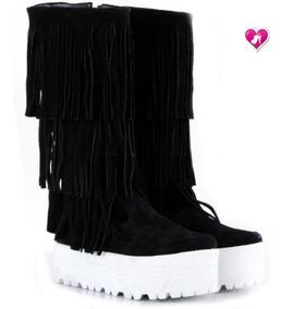 3a304557b04 Bota Caña Alta, Plataforma Y Flecos Mod Ash De Shoes Bayres